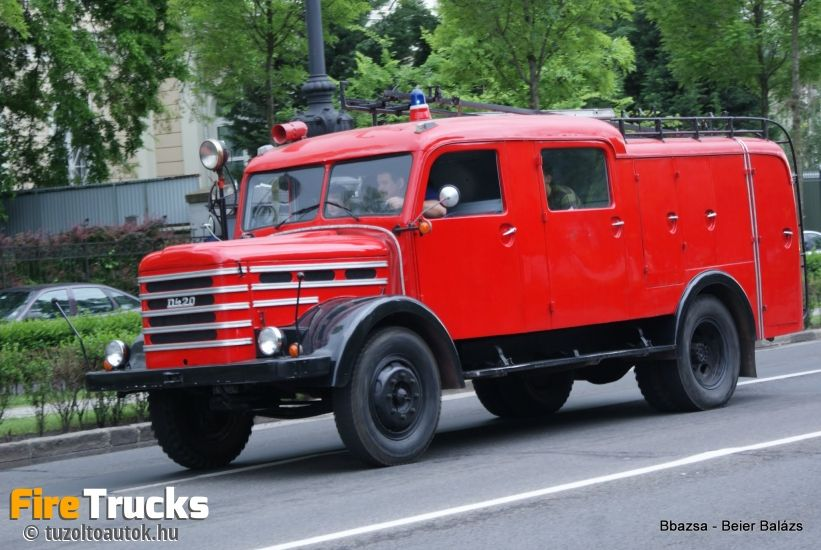 Csepel D-420 firetruck