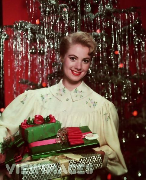Shirley Jones With Her Christmas Tree And Gifts