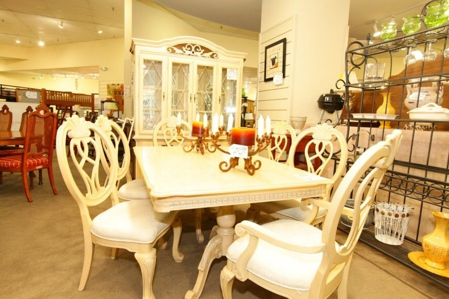 Dining Table With 6 Chairs And Hutch