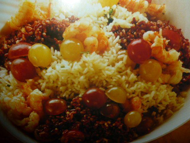 riso rosso e bianco - con gamberi e uva