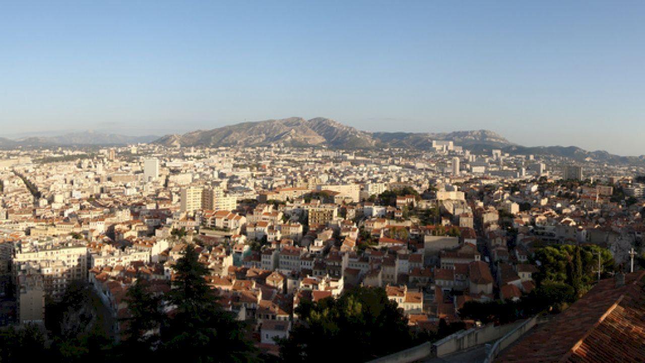 أين تقع مارسيليا Paris Skyline City City Photo