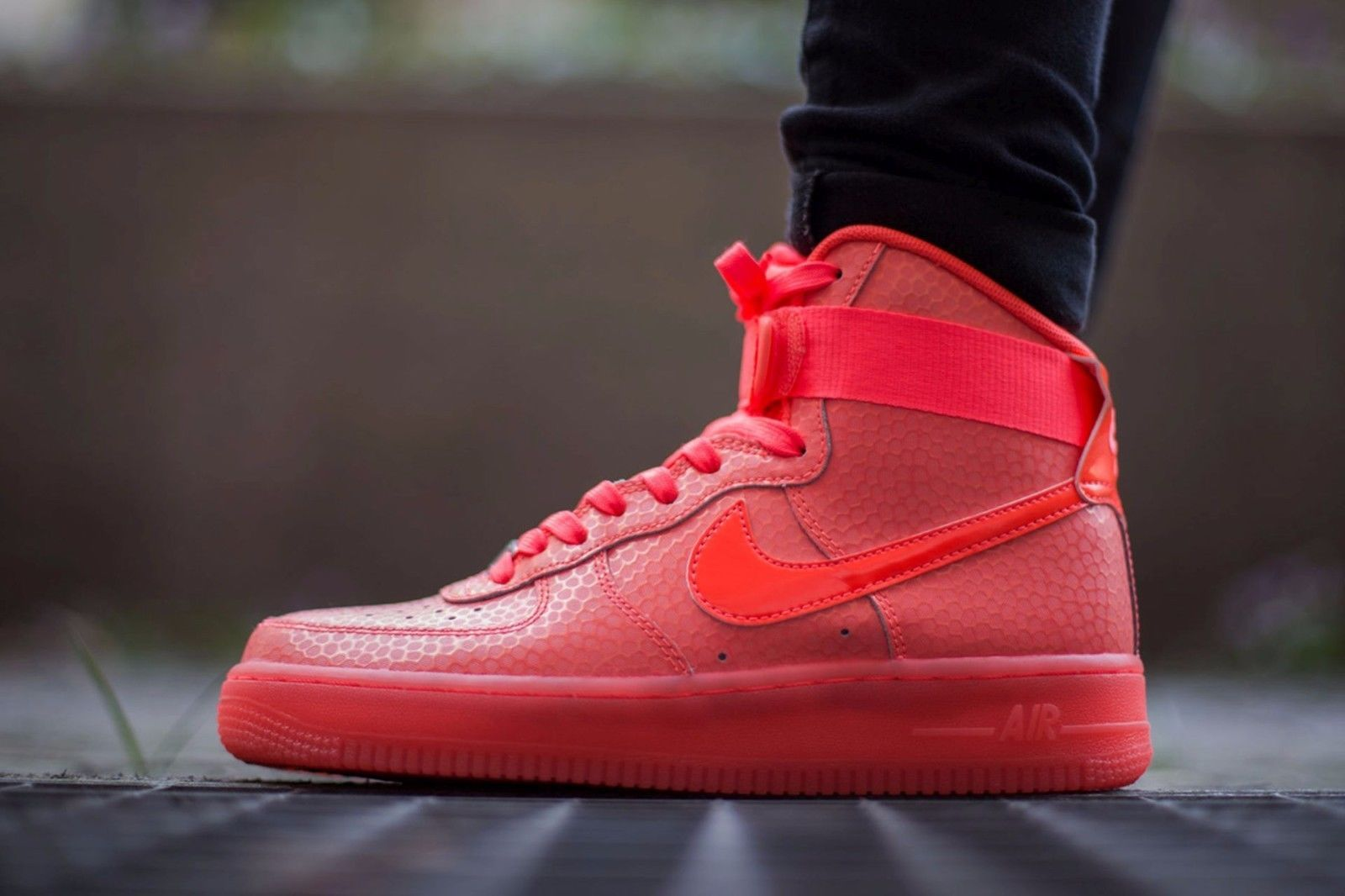 ca5fca8d22d4 Nike Air Force 1 Hi Premium Hot Lava Womens Shoes Size 9 654440-800 ...