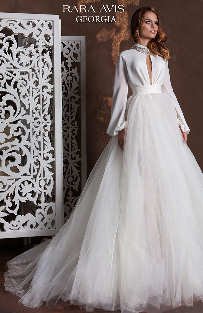 Unique style princess wedding dress with open
