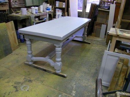 table peinte gris DCo Salon Salle à Manger Pinterest
