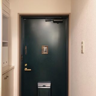 画像に含まれている可能性があるもの 電話 室内 6畳 ワンルーム