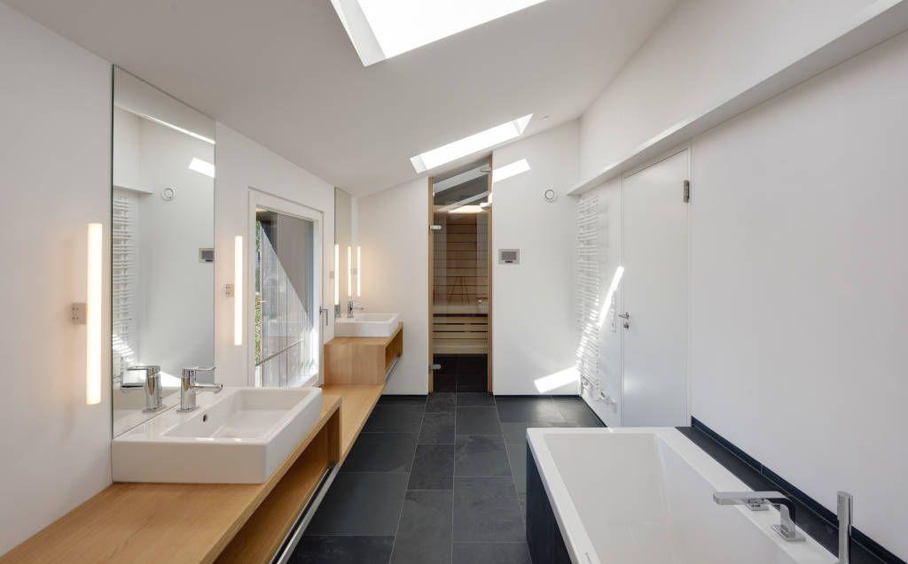 Moderne Badezimmer Bilder Bad OG mit Sauna Saunas - kleine moderne badezimmer