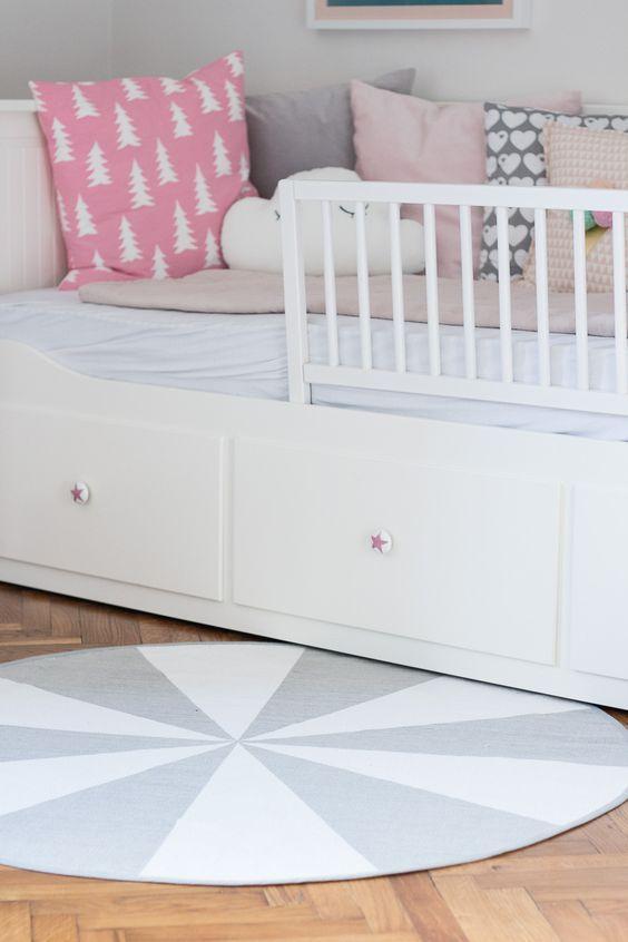 Ikea hemnes daybed pimpen ikea hack diy creative kinderzimmer kinder zimmer und - Kleinkind zimmer junge ...
