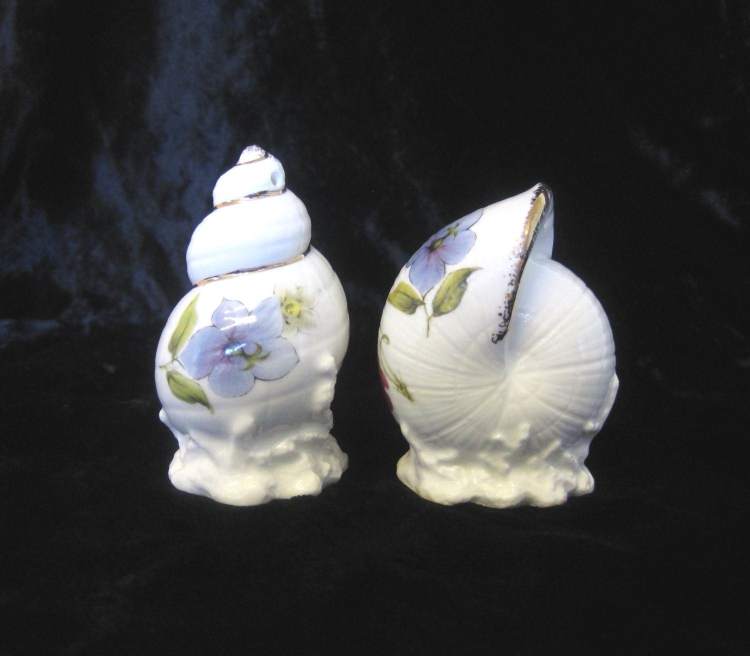 Porcelain Seashell Salt and Pepper Shakers, Floral Decoration with Gilded…SOLD