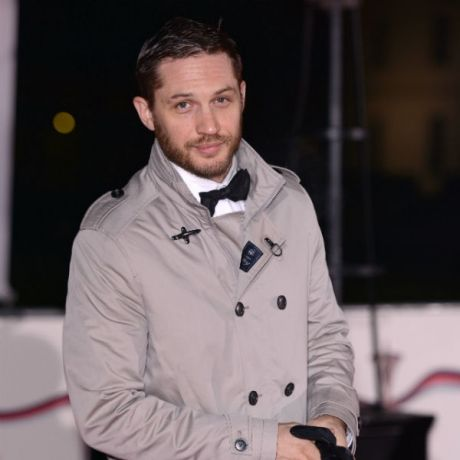 "'The Dark Knight Rises' Star Tom Hardy Opens Up About Addiction: He's ""Driven By Fear"""