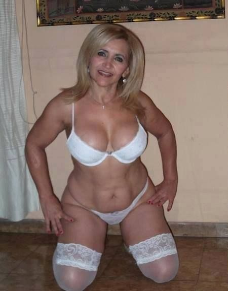 alplaus milf women Horny women in dexter, ga, do u find me atractive or goodlooking, mature women apply within do u find me atractive or goodlooking do u find me atractive or goodlooking mature women apply.