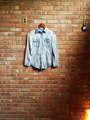 Anthropologie Beulah Distressed Lightweight Denim Snap Button Front Shirt Sz L  https://t.co/xjkTlSnCp1 https://t.co/xjkTlSnCp1