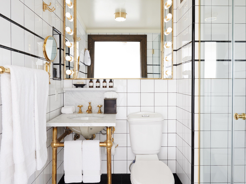 The Ludlow Hotel Rooms - Design Hotels™ | waterworks | Pinterest ...
