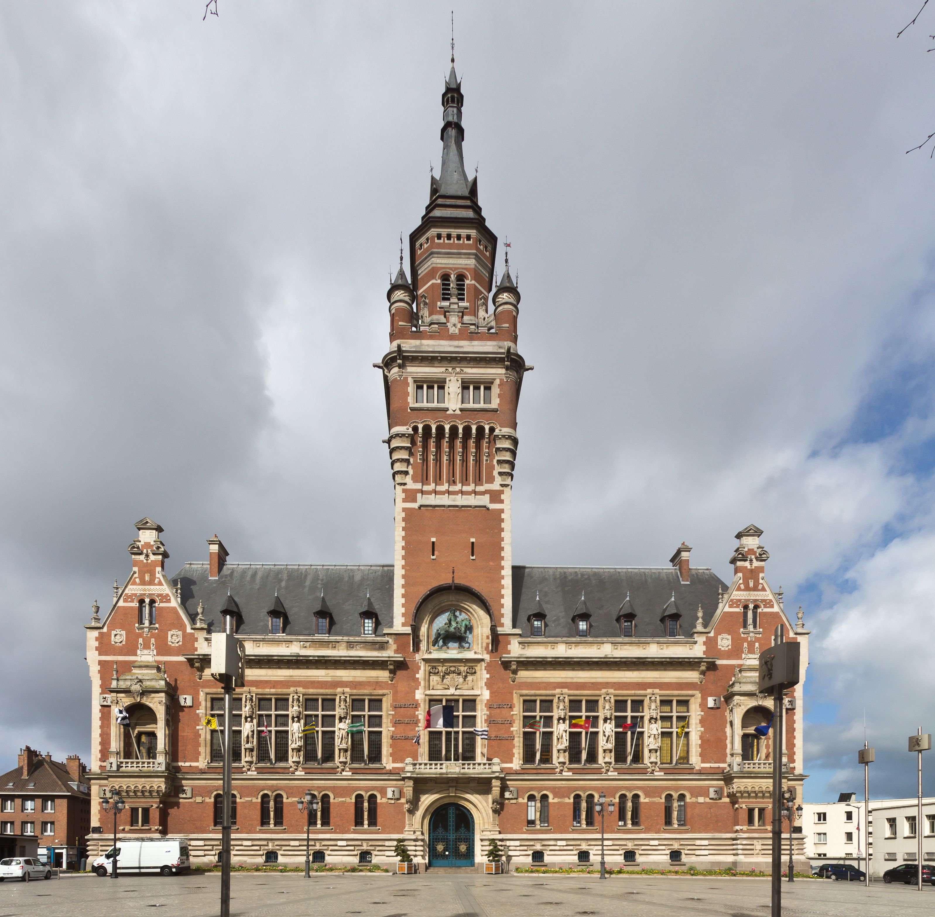 Architecture The City Hall In Dunkirk France 3194x3133
