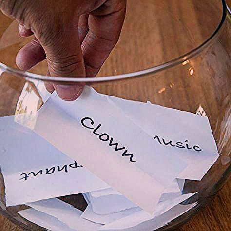Photo of Fun Games for Adults at Parties | eHow.com