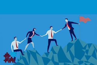 مهارات قيادة و بناء الفريق هي الصفات الأساسية وسمات التيم ليدر الجيد كيف تكون تيم ليدر ناجح ما هي مهارات قائد الفريق Team Leader Skills Team Leader Teams