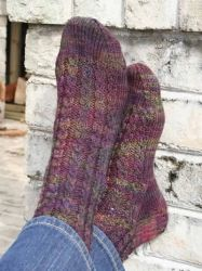 Rosebud Socks pattern by Briar Rose Fibers