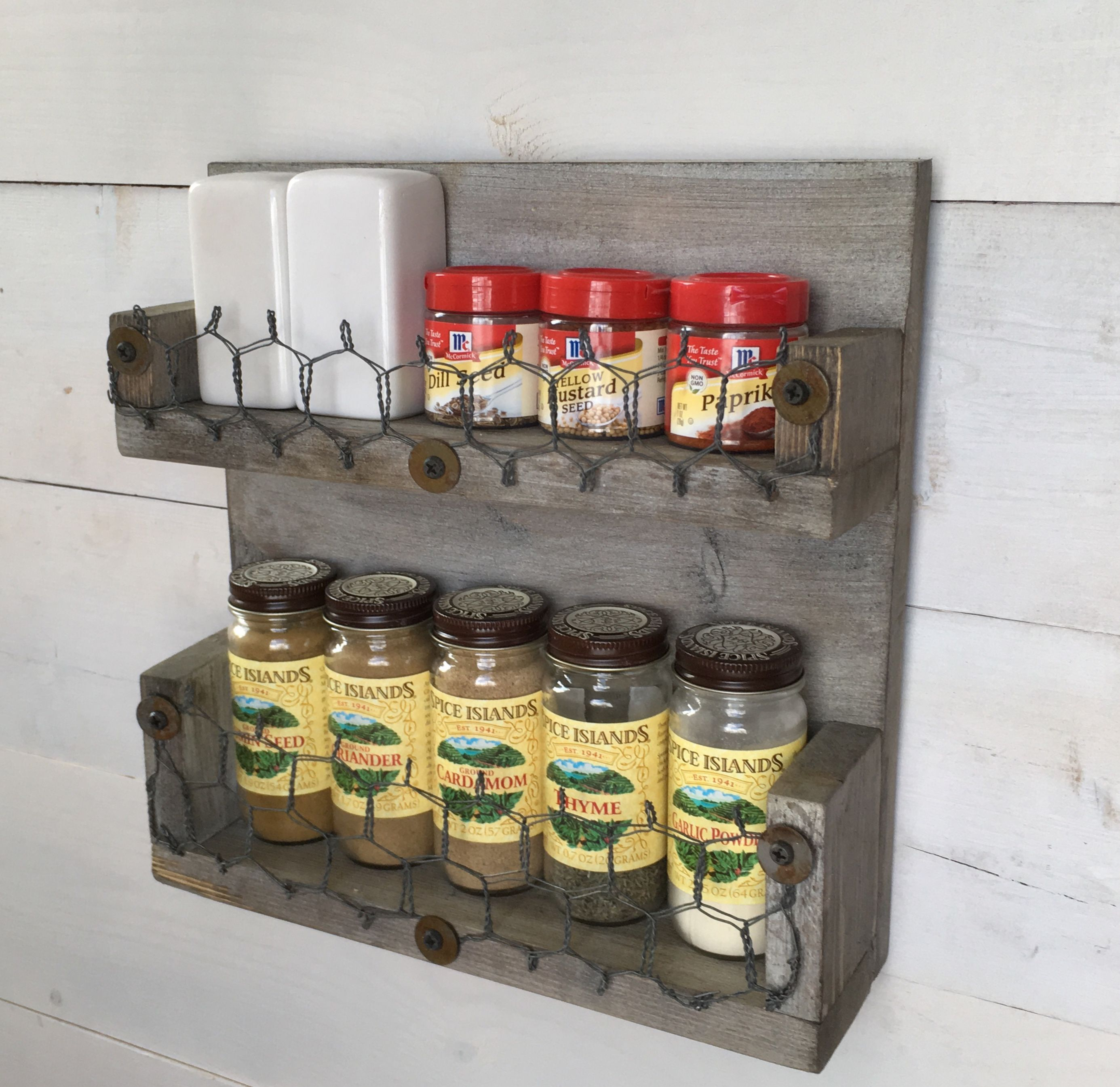 Woodworking Plans For Kitchen Spice Rack: Rustic Farmhouse Spice Rack Wall Mounts To Keep Things