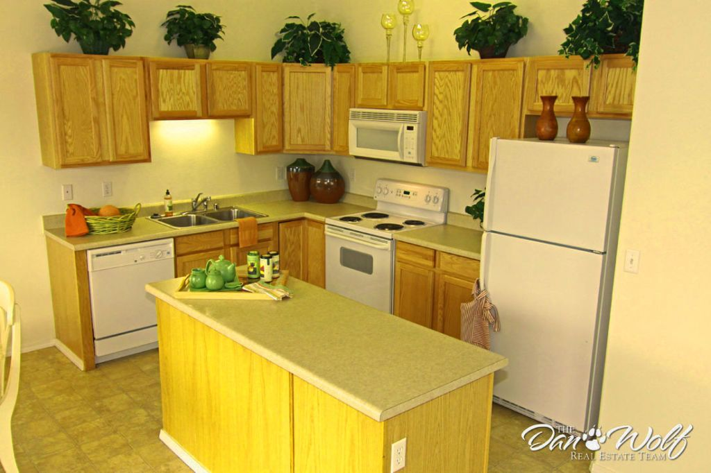 Kitchen Cabinet Design For Small House