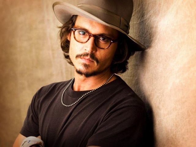 Johnny Deep Aproximadamente En Sus 30 Anos Johnny Depp Most Handsome Men Johnny