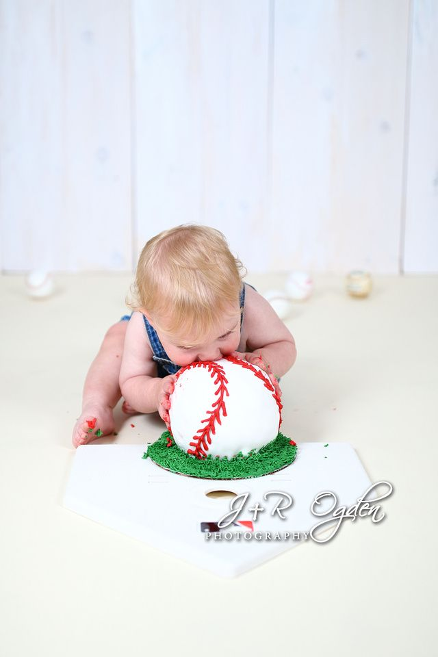 Bangor Maine Cake Smash Session Baseball Theme Cake