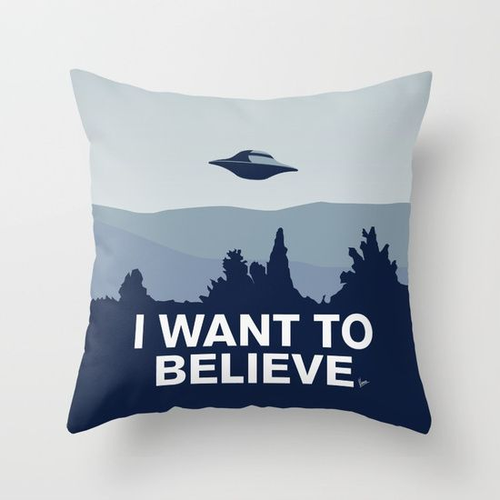 My X files I want to believe poster Throw Pillow