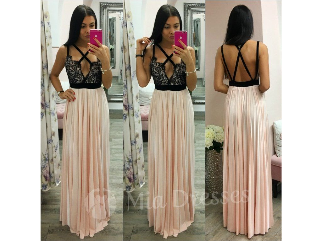 f26efa04dae Jedinečné spoločenské šaty s trendy plisovanou sukňou v púdrovej ...