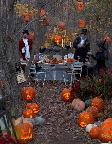 Antique Halloween Party - Vintage Inspiration Halloween parties - outdoor halloween ideas