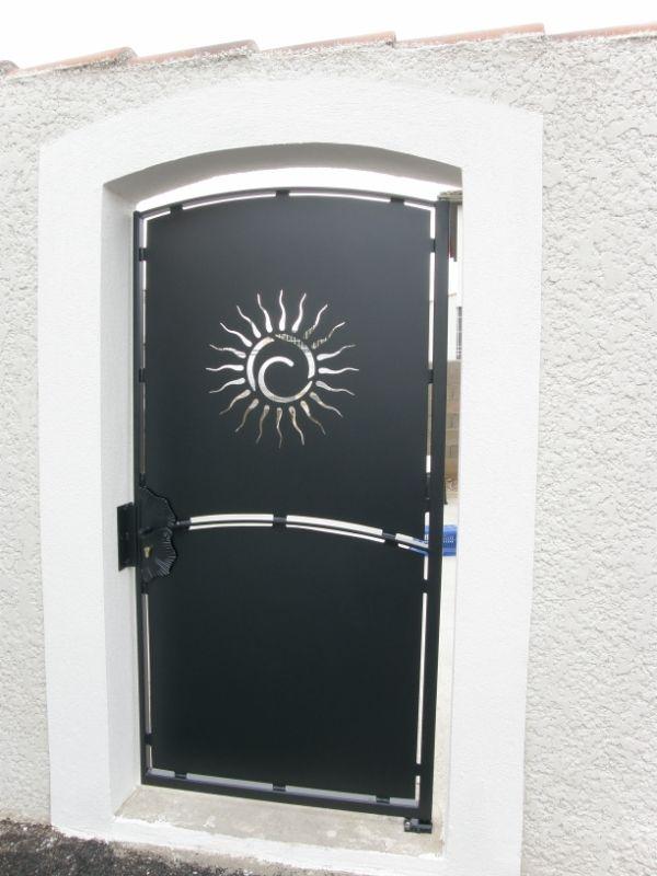 Fabrication et pose portail et portillon déco Soleil sur mes…