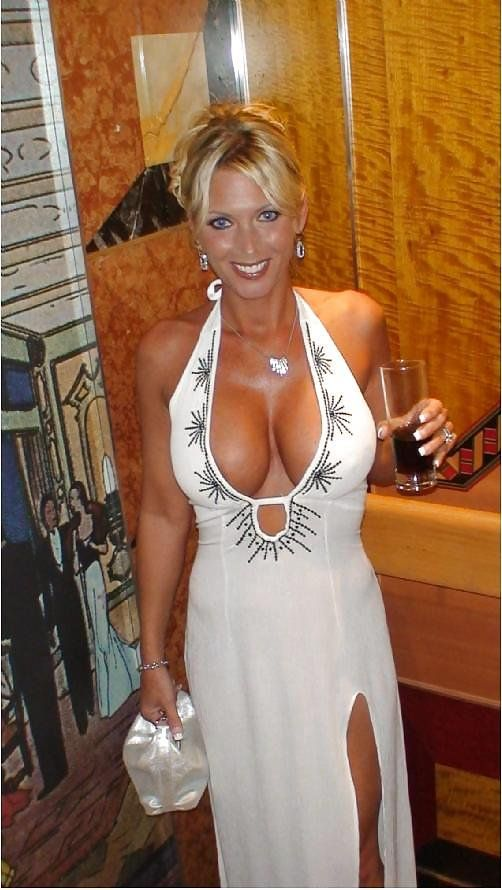 Free daringly dressed milf movies