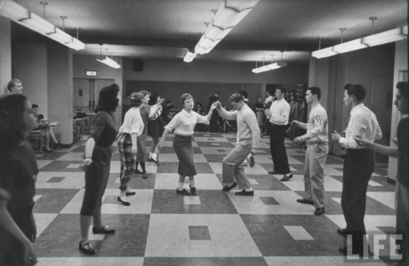 1958 chicago hs dancing class from life mag