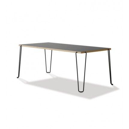 Matbord: Graf Table Slim Jim 4800, design Roland Graf. 10 294 DKK  Finns med skiva i svart eller vit laminat, samt oljad bambu.