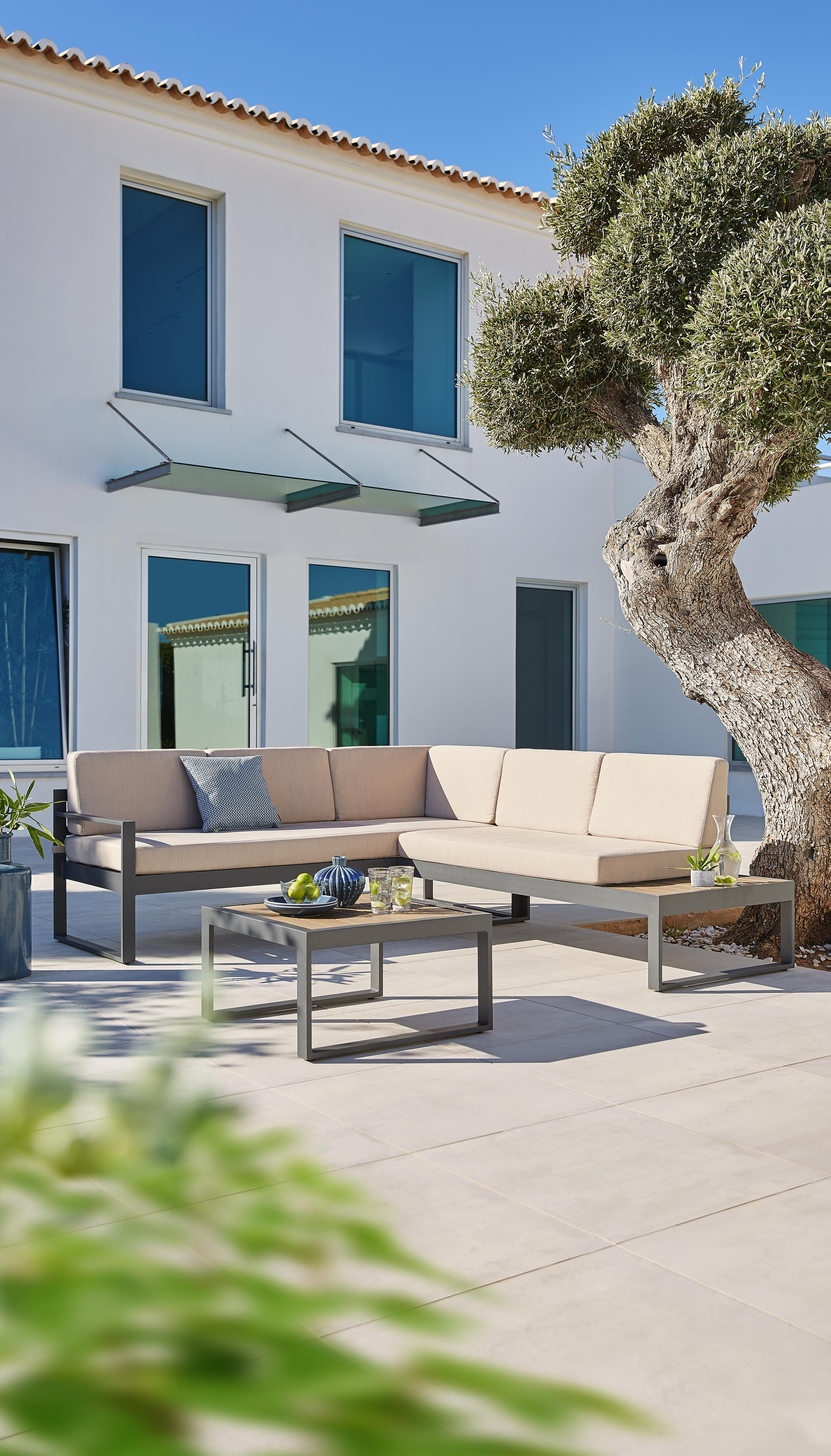 Lounge Garnitur Fur Den Garten Aus Metall Lounge Garnitur Lounge Lounge Mobel