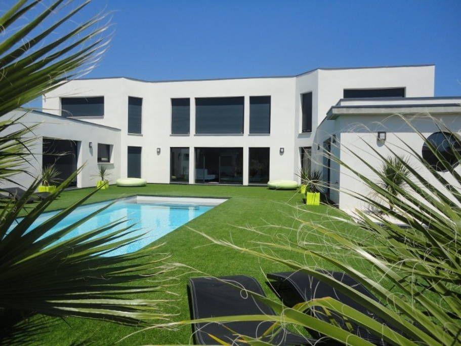 Villa in CAP D\u0027AGDE, France VILLA CORTADERIAS vous sublimera, avec - location maison cap d agde avec piscine