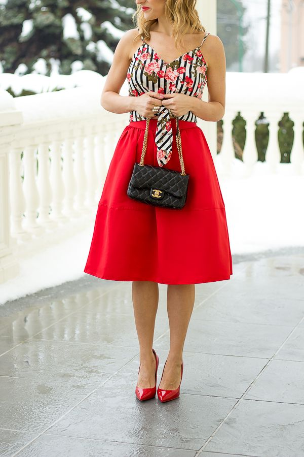 A sweet look for Valentine's day featuring a red full skirt and the sweetest red pumps #fullskirtoutfit