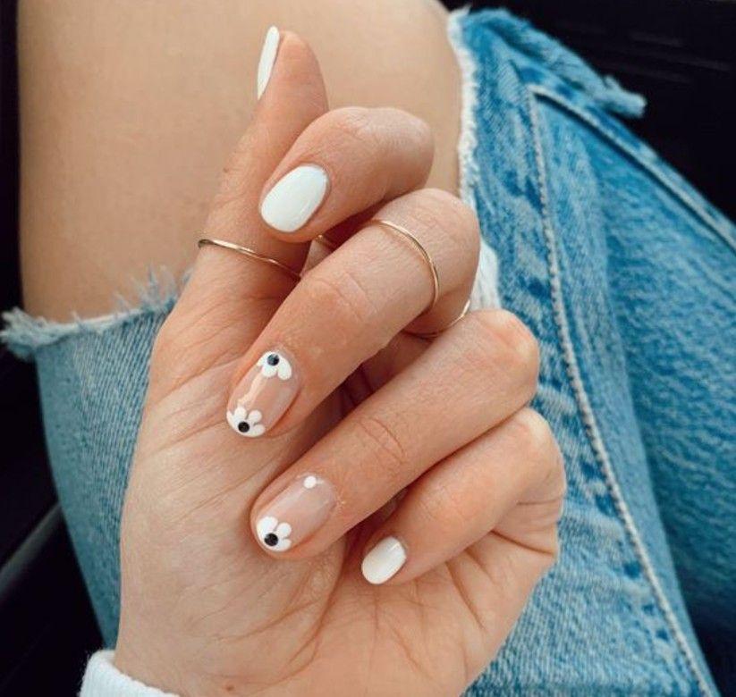 10 designs faciles pour décorer vos ongles sans quitter la maison