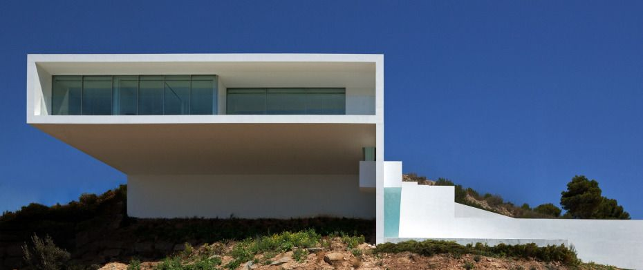 Ethereal House On The Cliff by Fran Silvestre Arquitectos