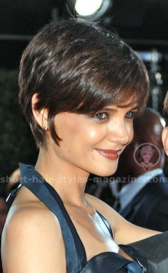Cute short haircuts katie holmes layered bob hairstyle picture
