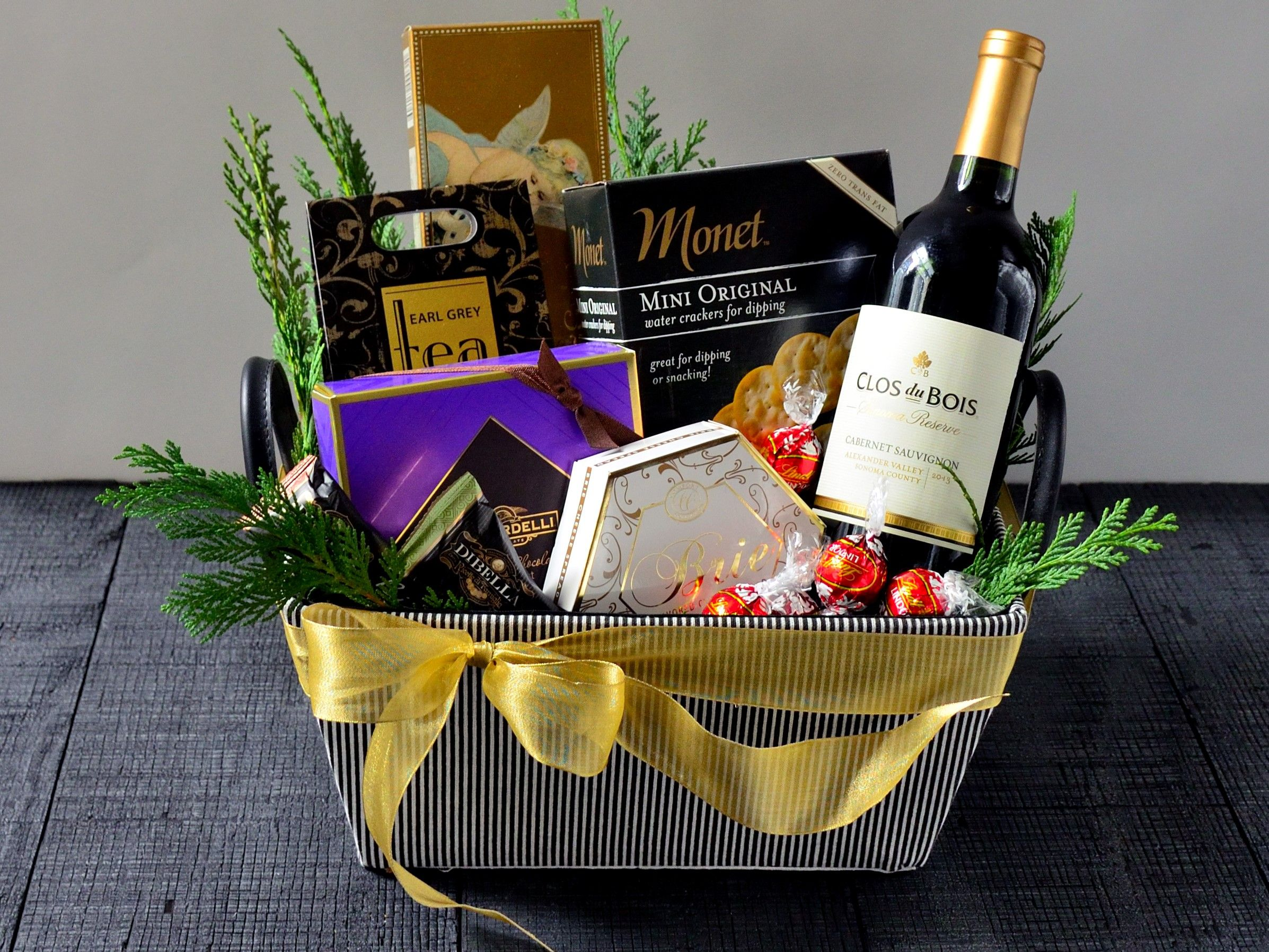 Vintage Wine Gourmet Gift Set Delivery gifts, Holiday