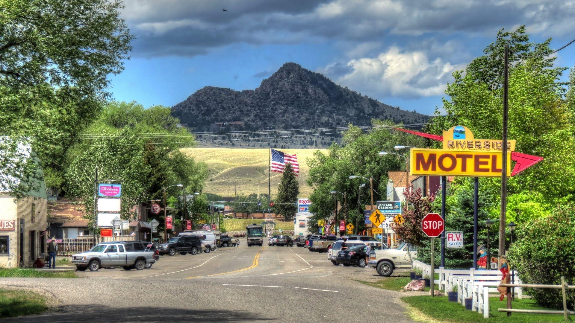 Main Street, Ennis Montana