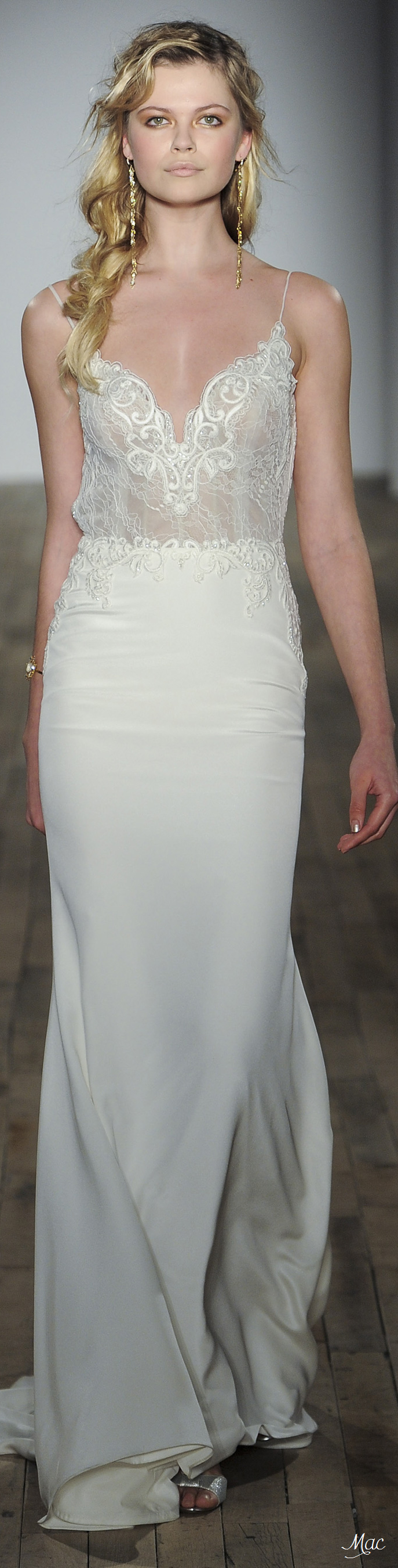Spring 2018 Bridal JLM Couture | Bridal dresses, Wedding ...