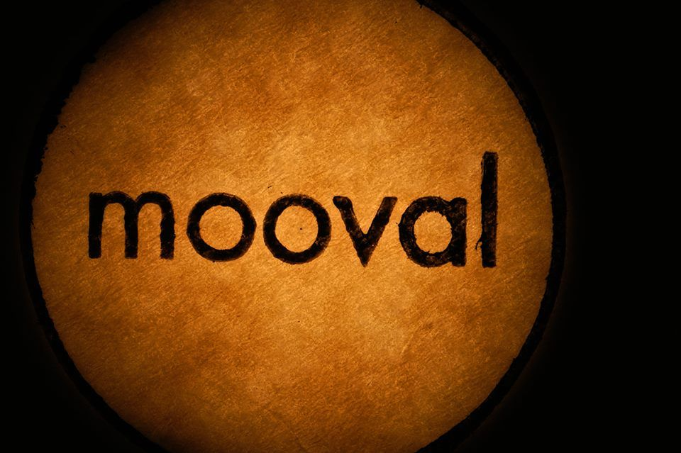 REVIEW// electronic / glitch :: Mooval  http://hotmag.me/enough/2014/04/03/review-electronic-glitch-mooval/