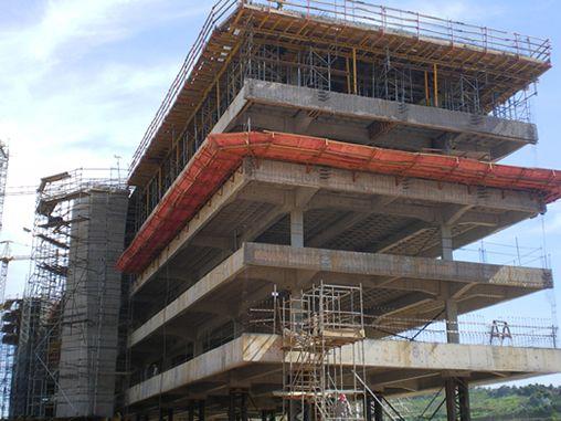 Engenharia Civil: Laje nervurada alivia peso de estruturas de 148m de extensão - AECweb