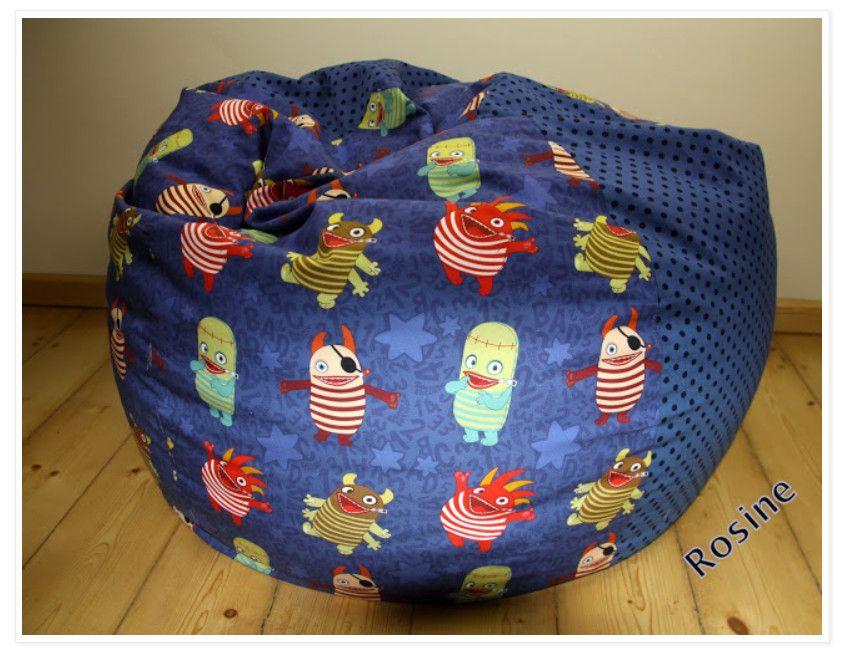 Sitzsack2 - Endlich ist es soweit, unsere Sorgenfresser sind auch auf Baumwolle erhältlich! Keine Ahnung, was draus werden soll? Dann schaut Euch doch mal diesen Sitzsack an, den unsere Nähelfe Rosine für uns genäht hat. Ist der nicht einfach wahnsinnig schön? Alexandra hat sich das Schnittmuster von RosaRosa geschnappt. Damit man den Bezug auch mal waschen kann,...