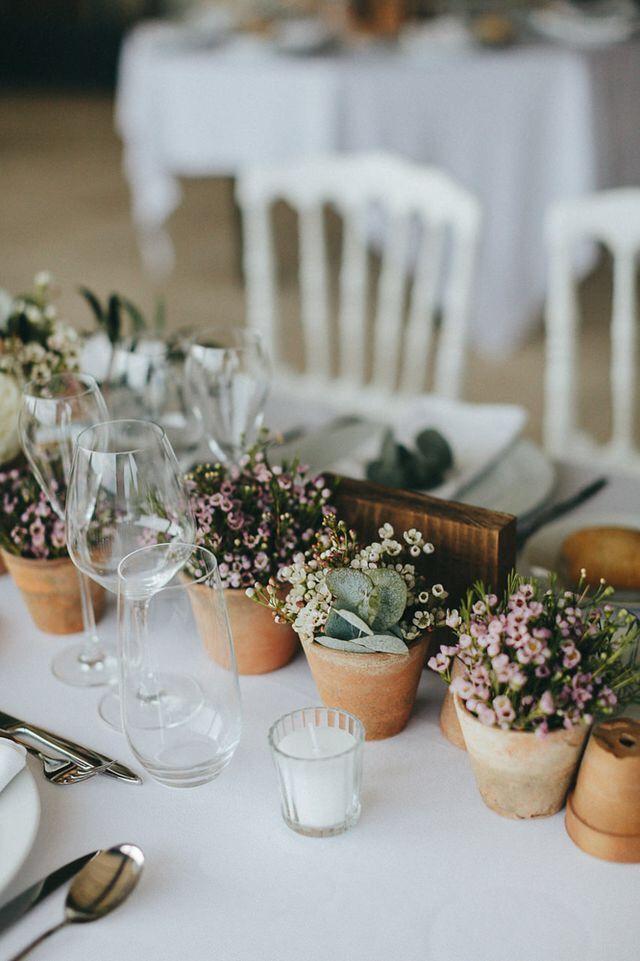 Tischdekoration hochzeit blument pfe romantisch for Kleine mucken in topfpflanzen