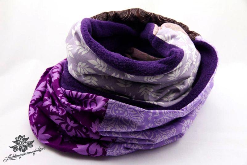 Loopschal lila von Lieblingsmanufaktur: Farbenfrohe Loop Schals, Tücher und mehr auf DaWanda.com