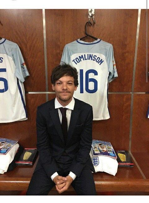 Louis Tomlinson junio 2016 partido de fútbol