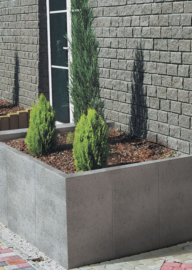 granit-palisaden-poliert-lebensbaeume-gruen-gartengestaltung ...