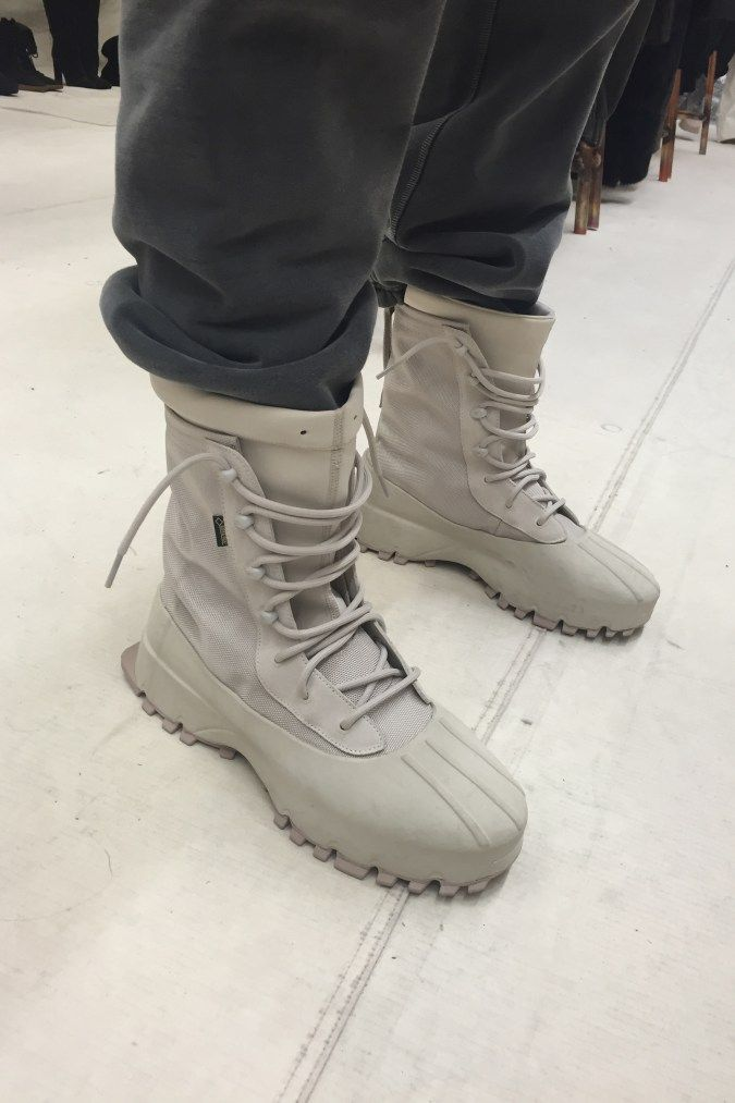 0e291a26a57e0 YEEZY Season 3 Exclusive Showroom Photos