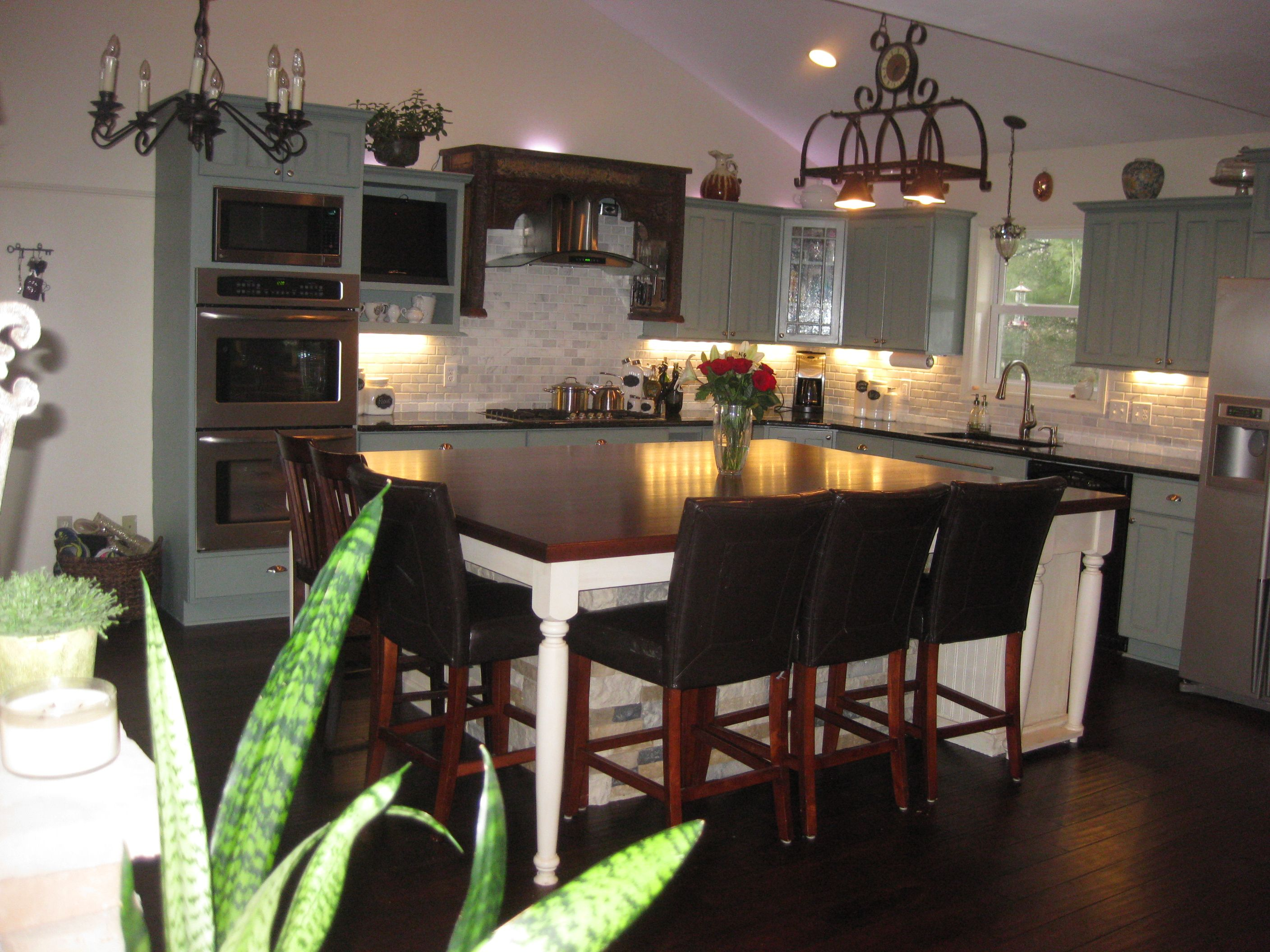 The Island Table Top Worked Out To Be 6x8 Kitchen Remodel Island Table Dream Kitchen
