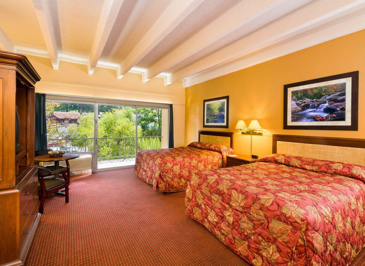 Gatlinburg Tn Lodging At River Terrace Resort Convention Center Gatlinburg Discount Vacation Westgate Resorts